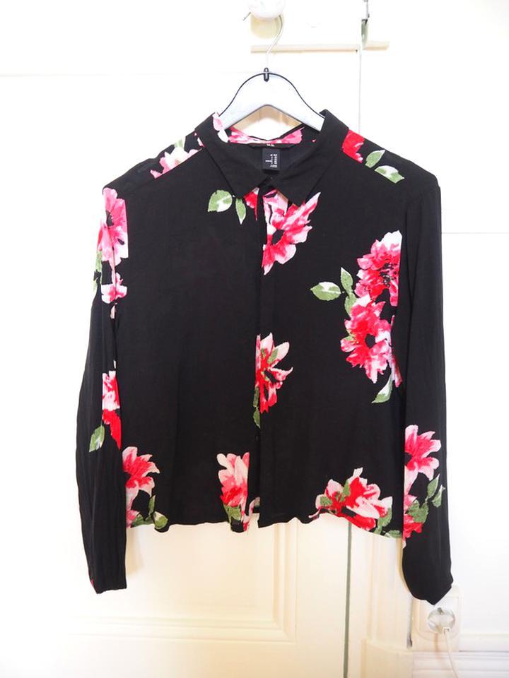 chemisier noir fleurs d'occasion