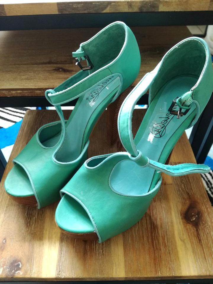 escarpins turquoise d'occasion