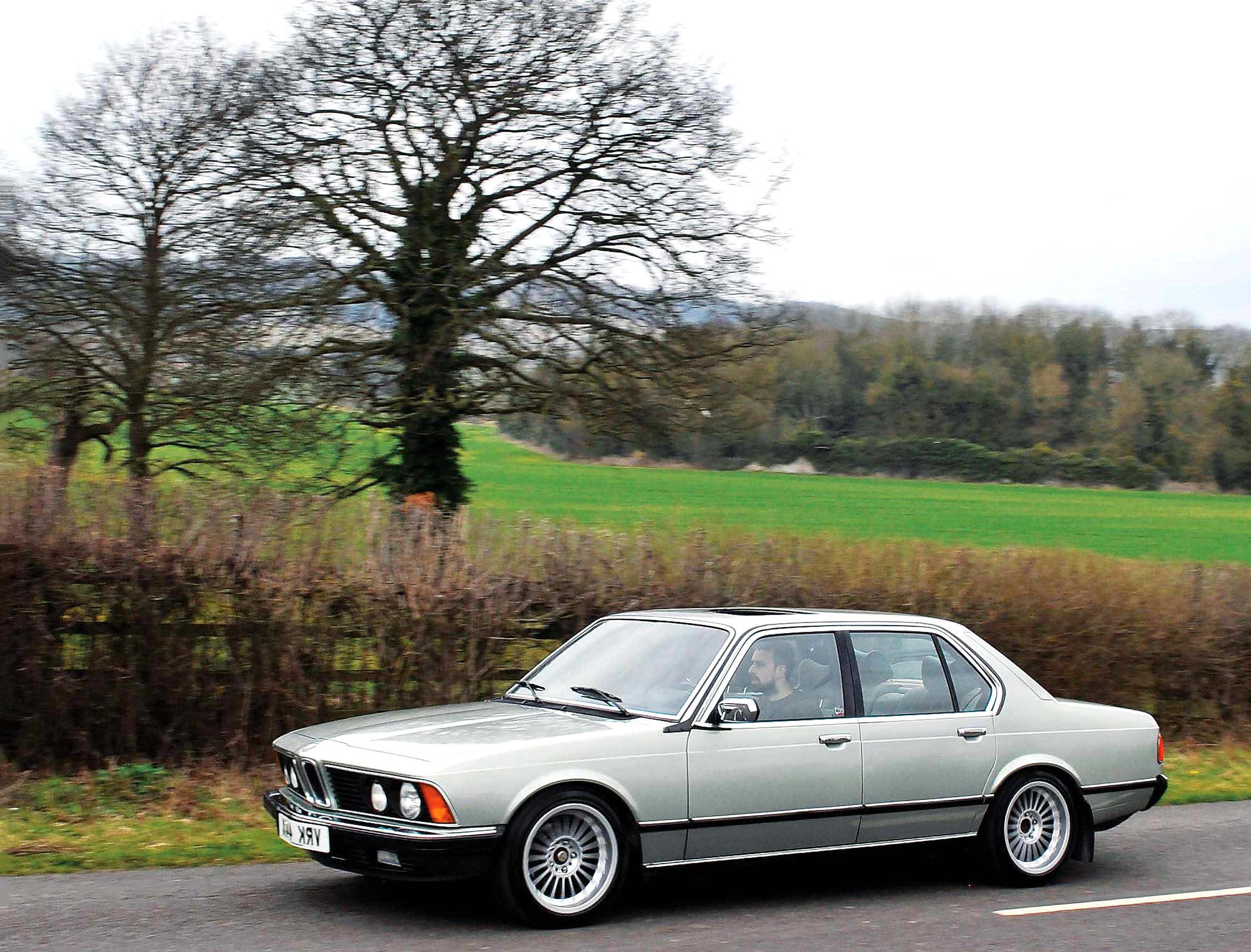 Module d/'allumage BMW Serie 7 E23