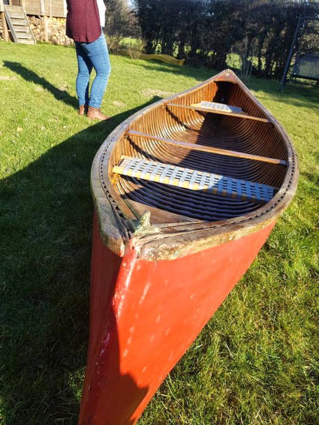 Canoe Canadien D Occasion Plus Que 4 A 70