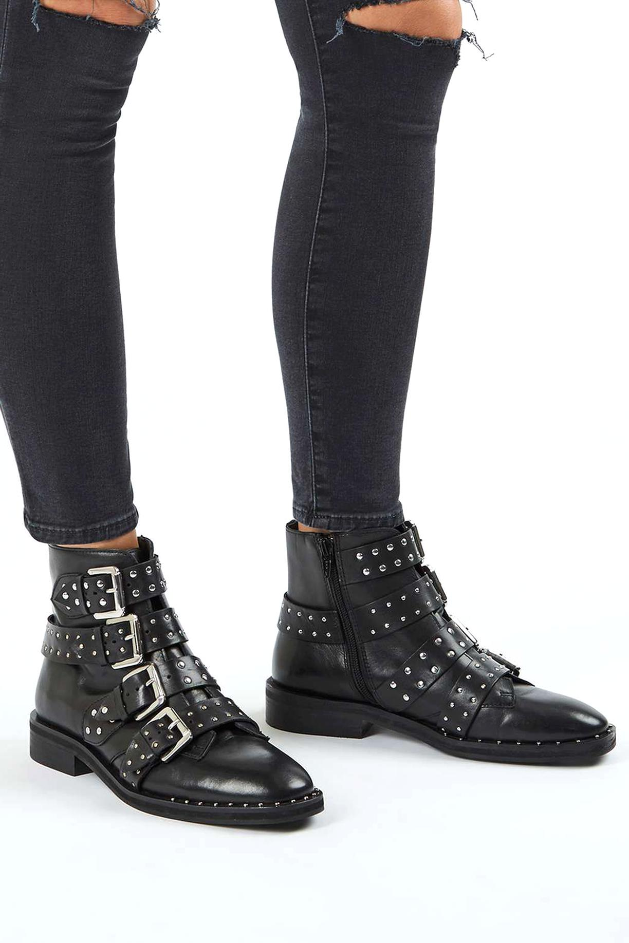 boots clous cuir d'occasion