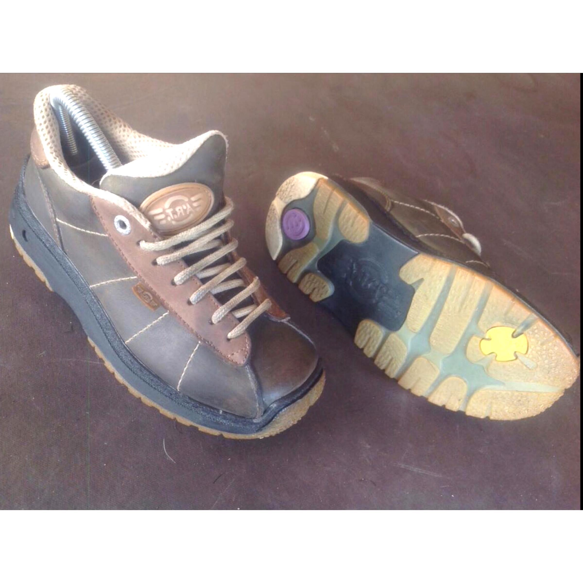 Chaussures Art 37 d'occasion | Plus que 3 à 65%