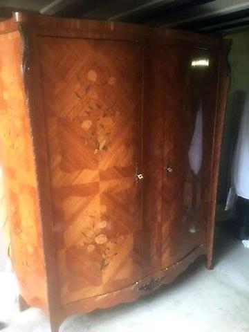 armoire louis xv marqueterie