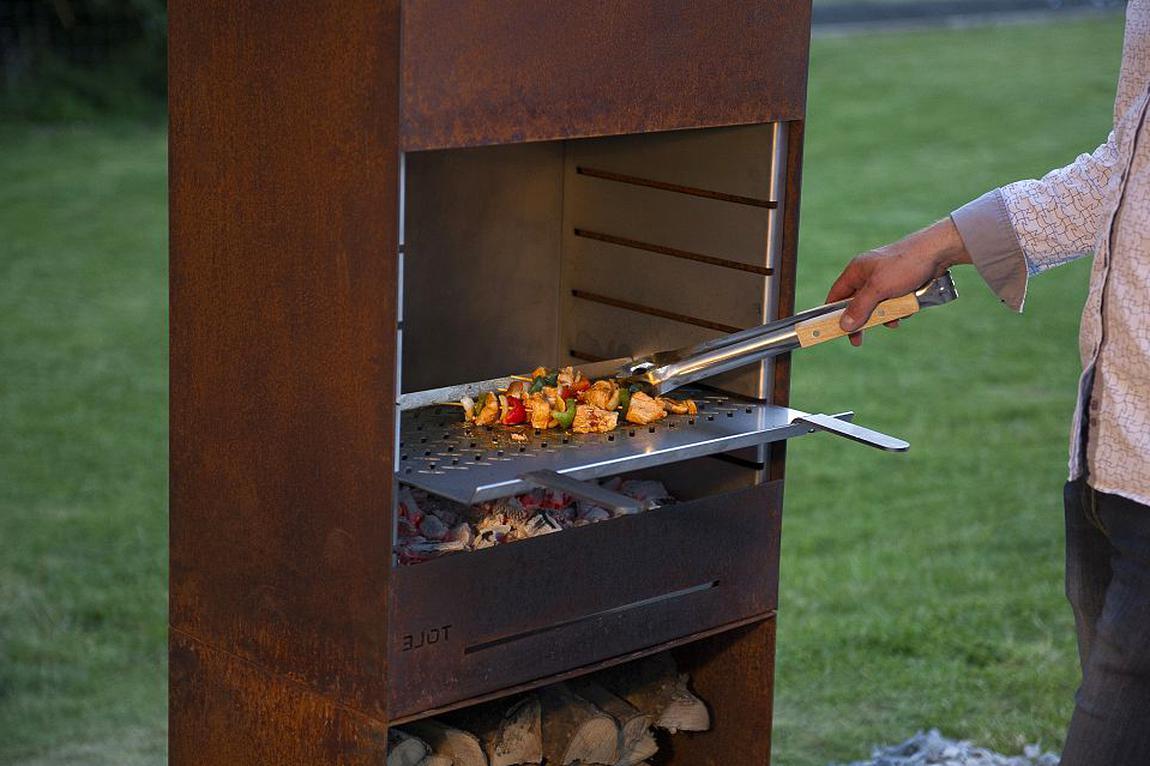 Barbecue Tole d'occasion | Plus que 3 à 65%