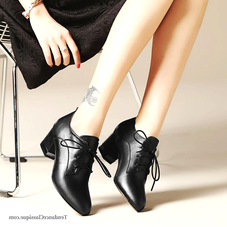 Chaussures Italienne Cuir Femme d'occasion