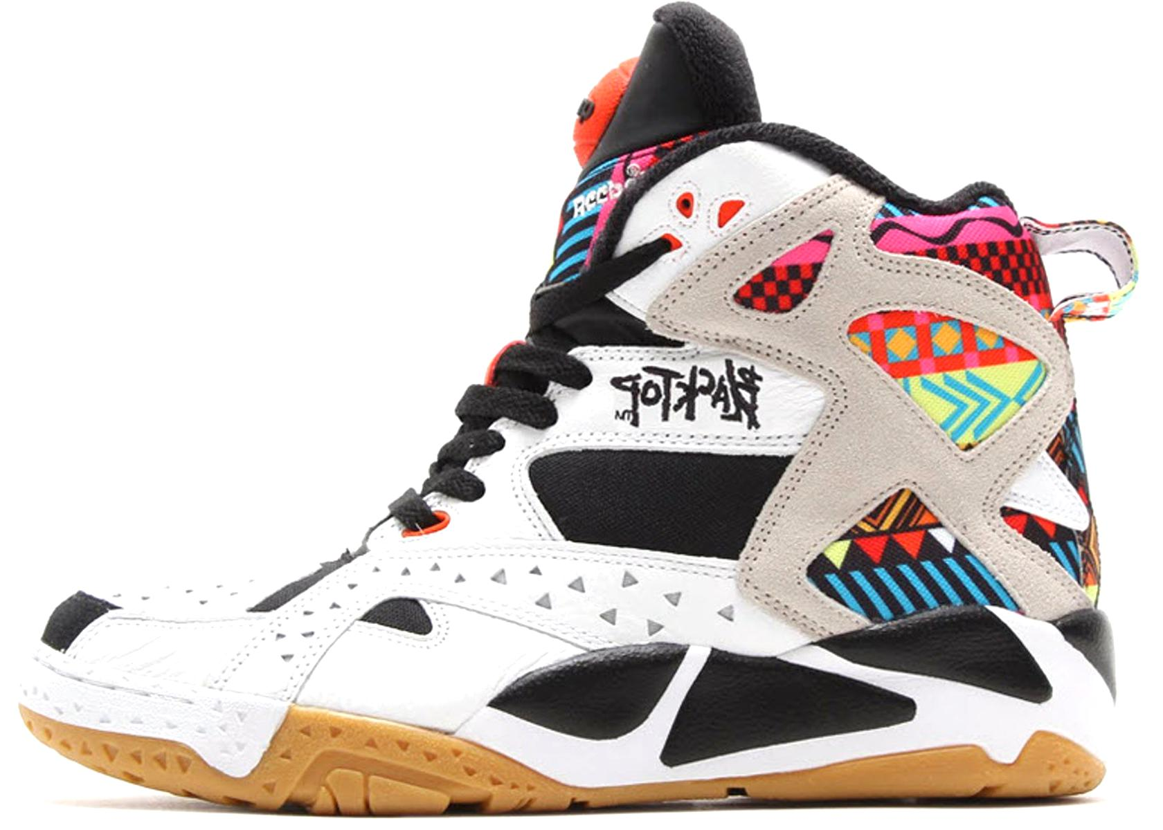 reebok pump blacktop