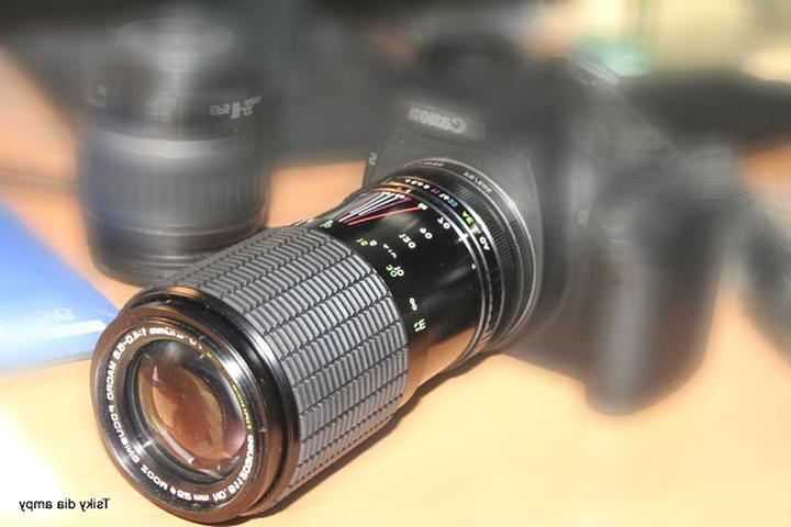 objectif zoom 70 210 mm d'occasion
