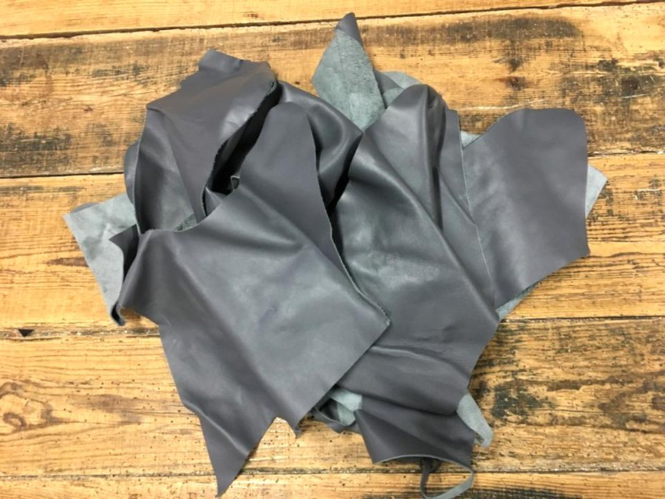 chutes cuir gris d'occasion