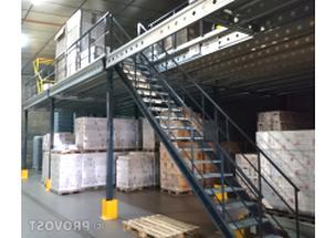 escalier industriel d'occasion