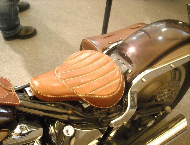 selle cuir moto retro d'occasion
