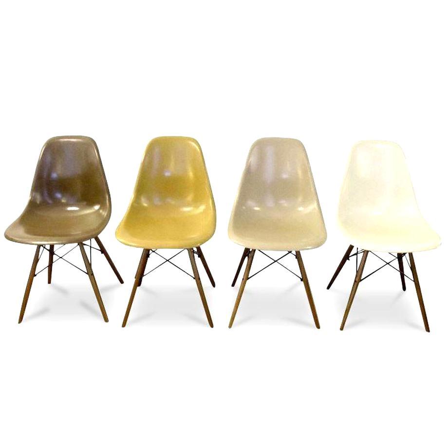 chaise eames fibre verre d'occasion