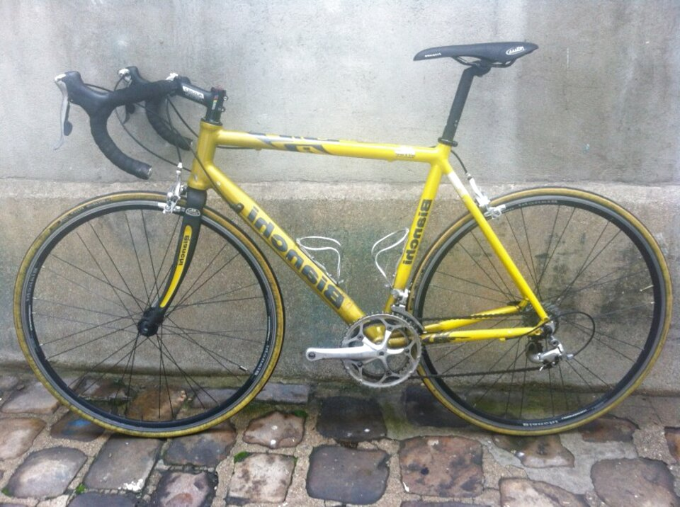 velo bianchi fourche carbone d'occasion