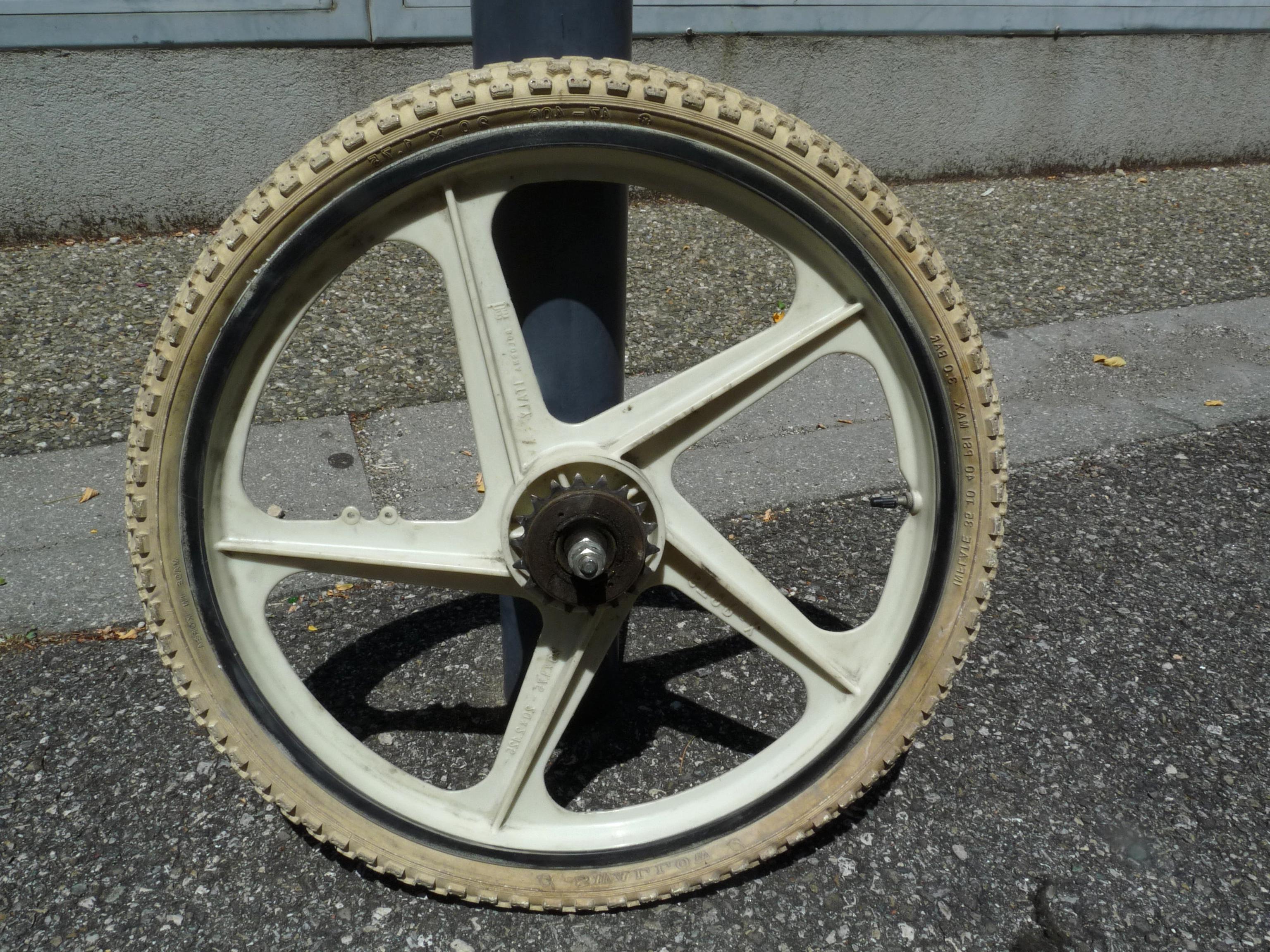 roue baton bmx d'occasion