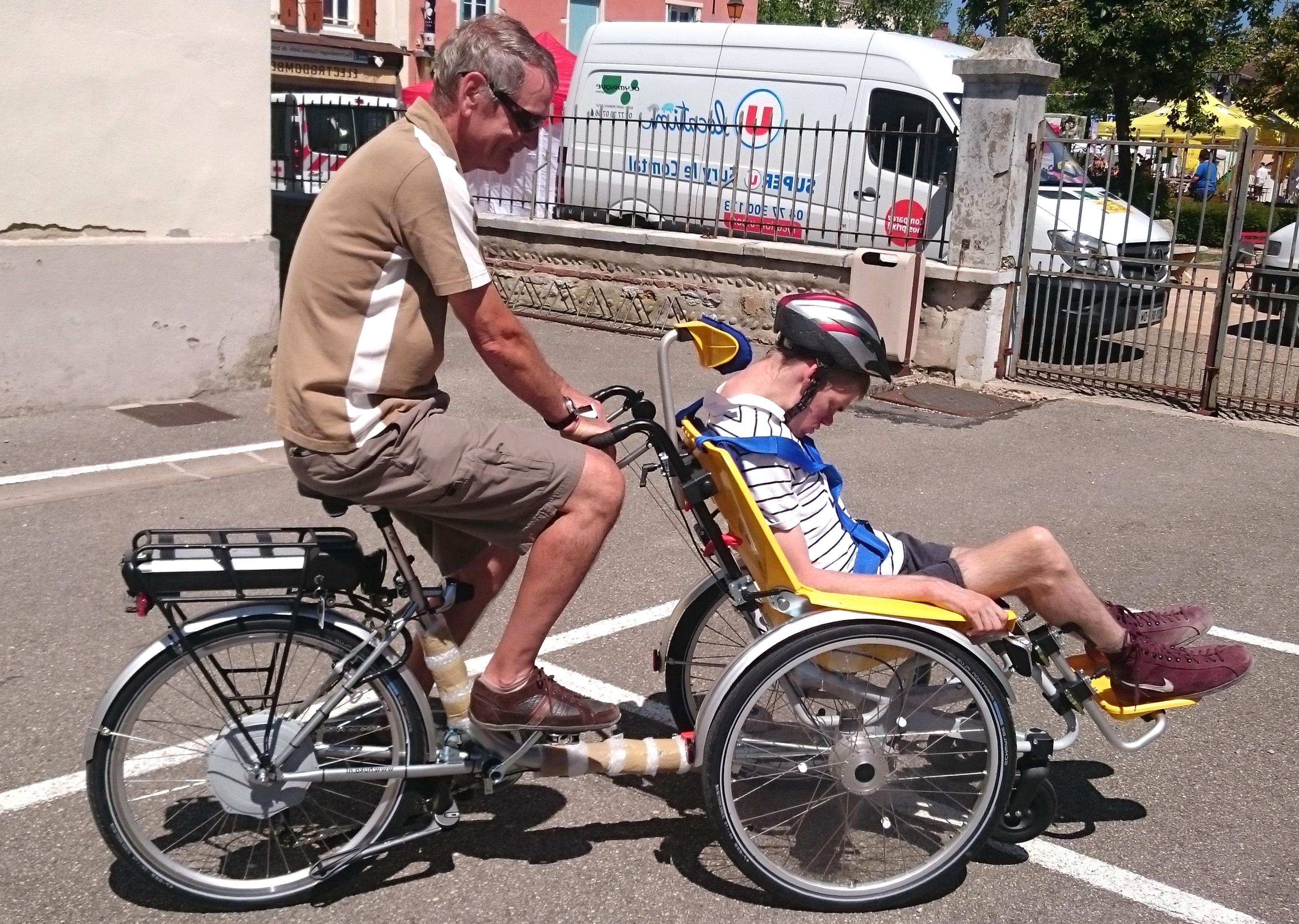 velo adapte handicape d'occasion